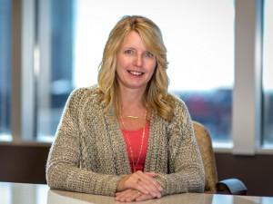 Beth Chapman, Electronic LItigator, Lommen Abdo Law Firm