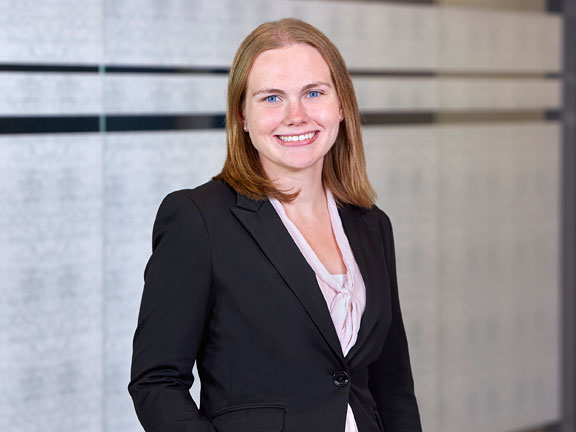 Michelle Kuhl, Lommen Abdo Law Firm