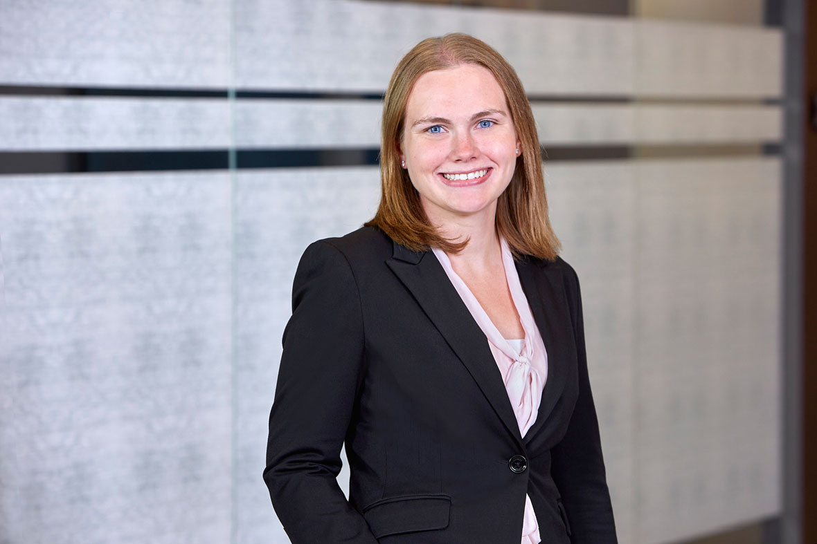 Michelle Kuhl, Lommen Abdo Law Firm