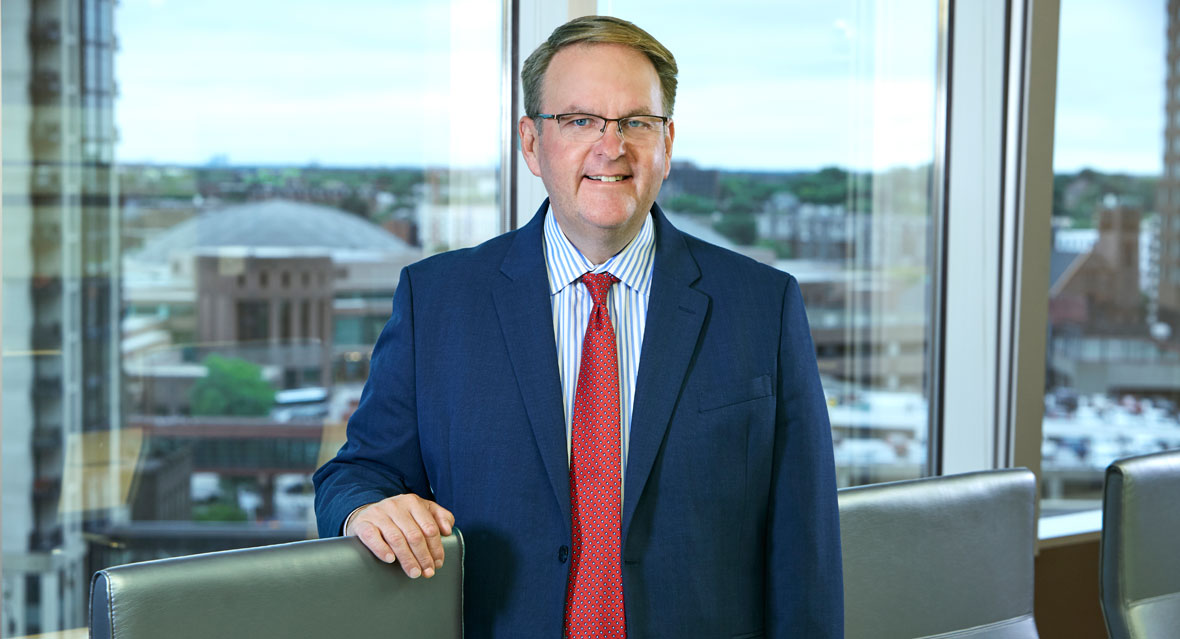 Creig Andreasen Joins Lommen Abdo, Focusing on Real Estate and Banking